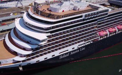 Holland Cruse Ship